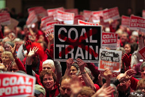 The Seattle TimesSeattle's public hearing on a proposed coal-export terminal in Bellingham drew a feisty crowd.